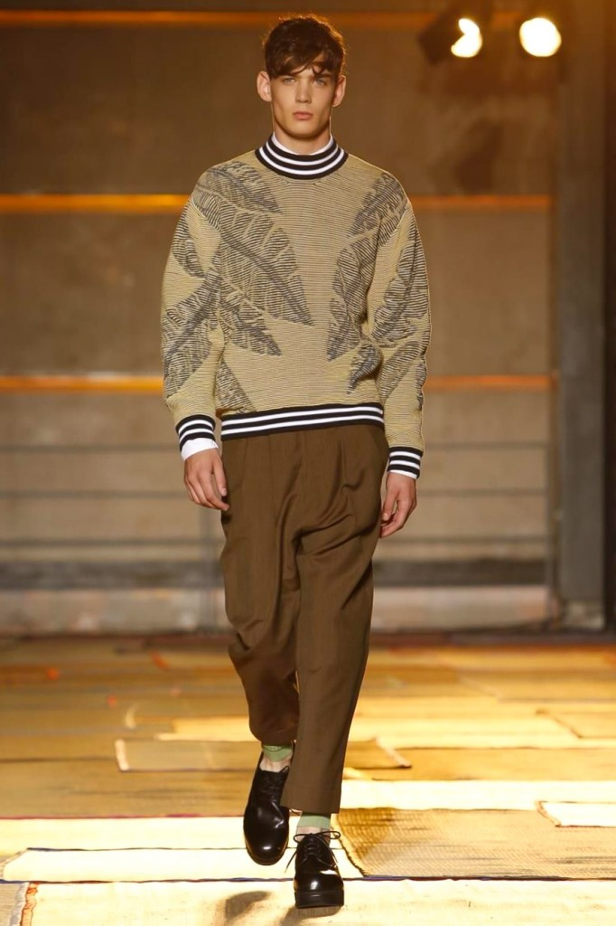 Palms for spring on 80s-inspired sportswear sweaters, Cerruti 1881