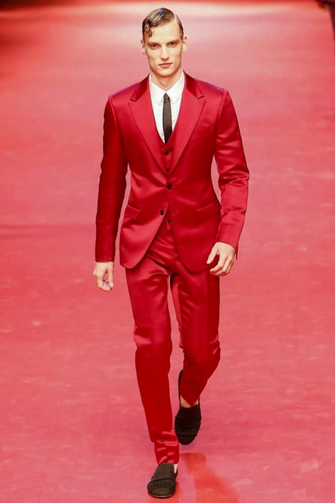 50 shades of red, Dolce & Gabbana