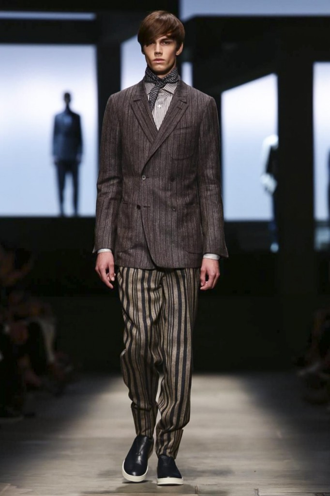 The staple of the new Zegna Couture tailoring: The wider double-breasted jackett, Ermenegildo Zegna Couture