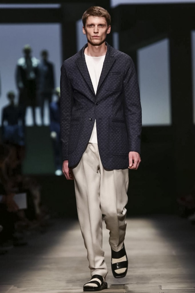 A roomy jackett to tackle summer heat, Ermenegildo Zegna Couture