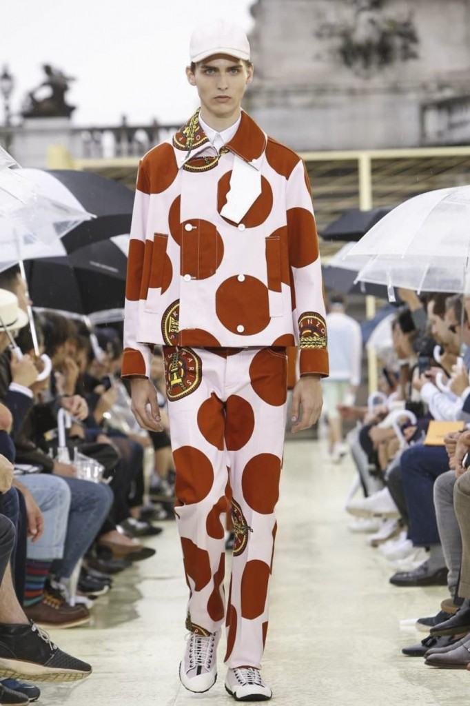 Powerful polka dots punching beyond their weight at Kenzo