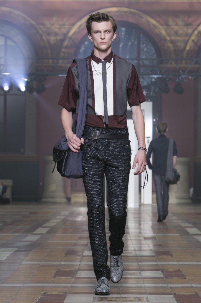 Silver highlights stand for swashbuckling looks at Lanvin