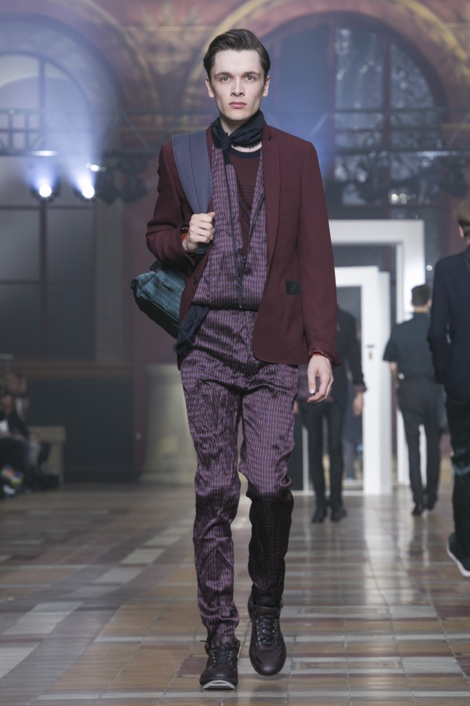 This season, Ossendrijver osscilates between classy and cool at Lanvin