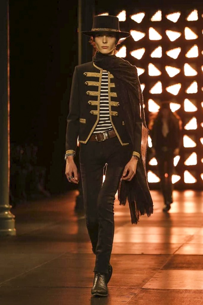 Military marching jackets refer to a 60's subculture mood at Saint Laurent