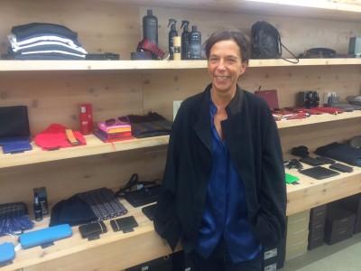 Designerin Kathleen König in ihrem Laden Haltbar im Münchner Glockenbachviertel