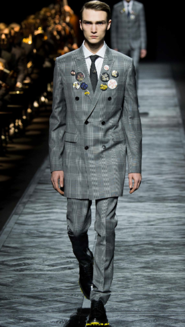 Finely-cut suit with floral buttons Dior Homme