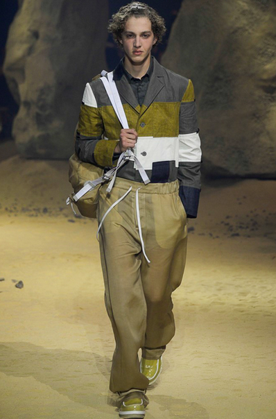 Earthy colors meet a futuristic look Kenzo