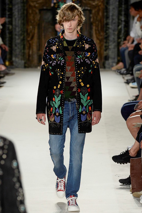 Taking the 70's Hawaiian dropout to the runway Valentino