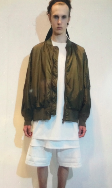 Plausible street layering topped with bomber No. 21