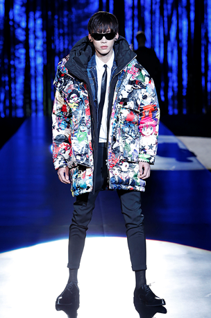 Padded silk parka with Manga comic pattern DSquared2