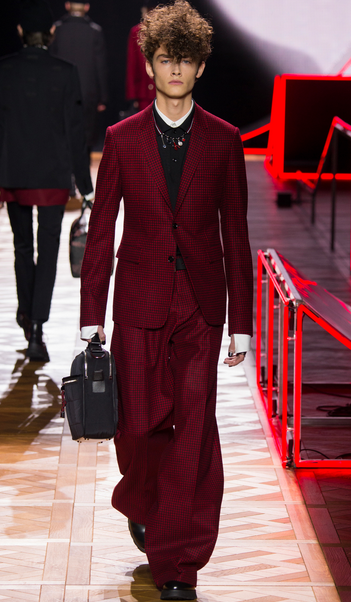 Dior Homme tailoring homage to Bowie