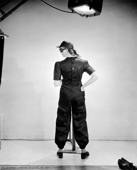 "Lee Miller: ""Fashion for factories"", Vogue UK, London, England, Juni 1941. © Lee Miller Archives England 2015."