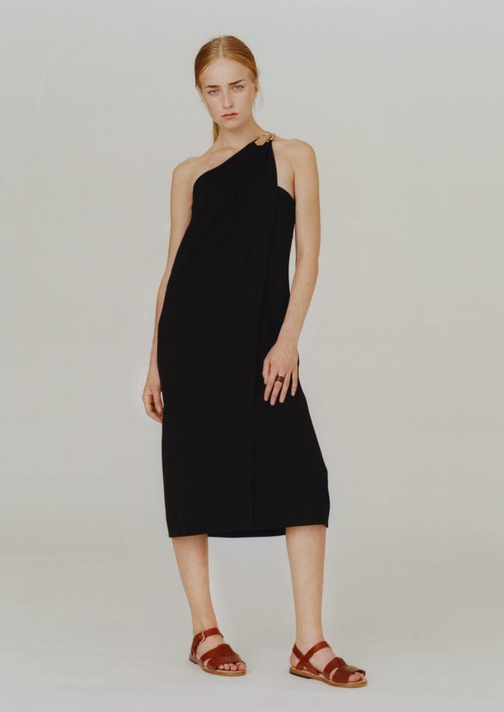 Eines der 5 Kleider der A.P.C. Capsule Collection