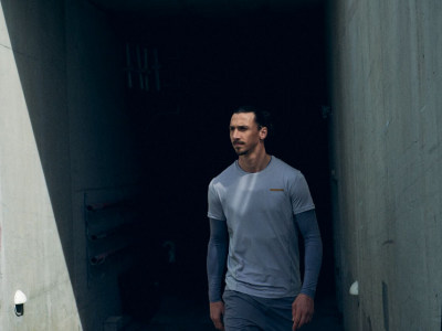 Zlatan Ibrahimovic_a_z_clothing_footballplayer