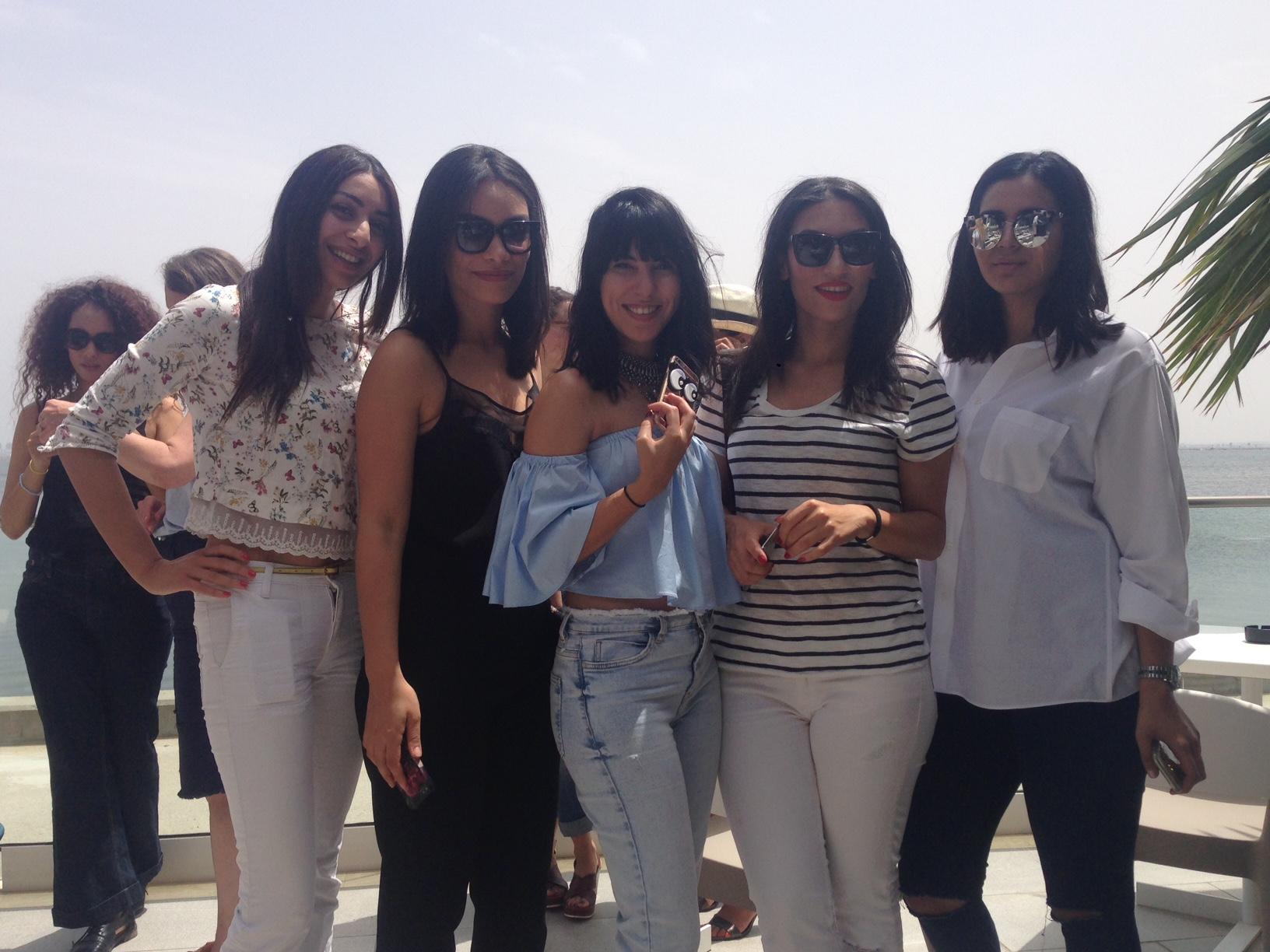 Fashion Week Tunis: Die erfolgreichsten Bloggerinnen Tunesiens posen für die Kamera