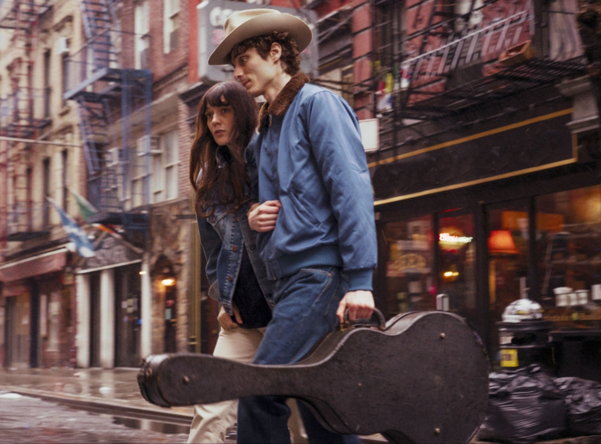 Levis Vintage cowboys 60s man woman guitar denim city