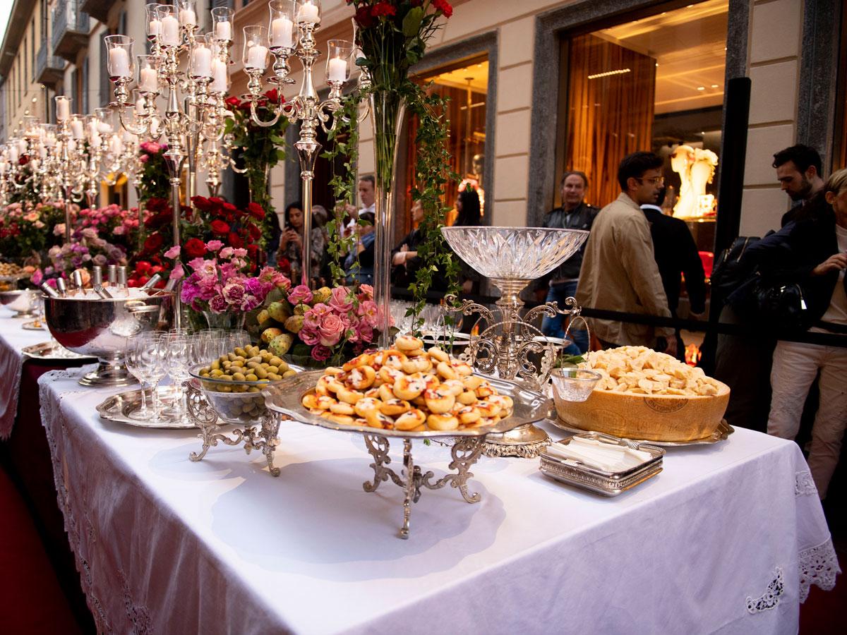 Milan Fashion Week Dolce & Gabbana SS 20 buffet