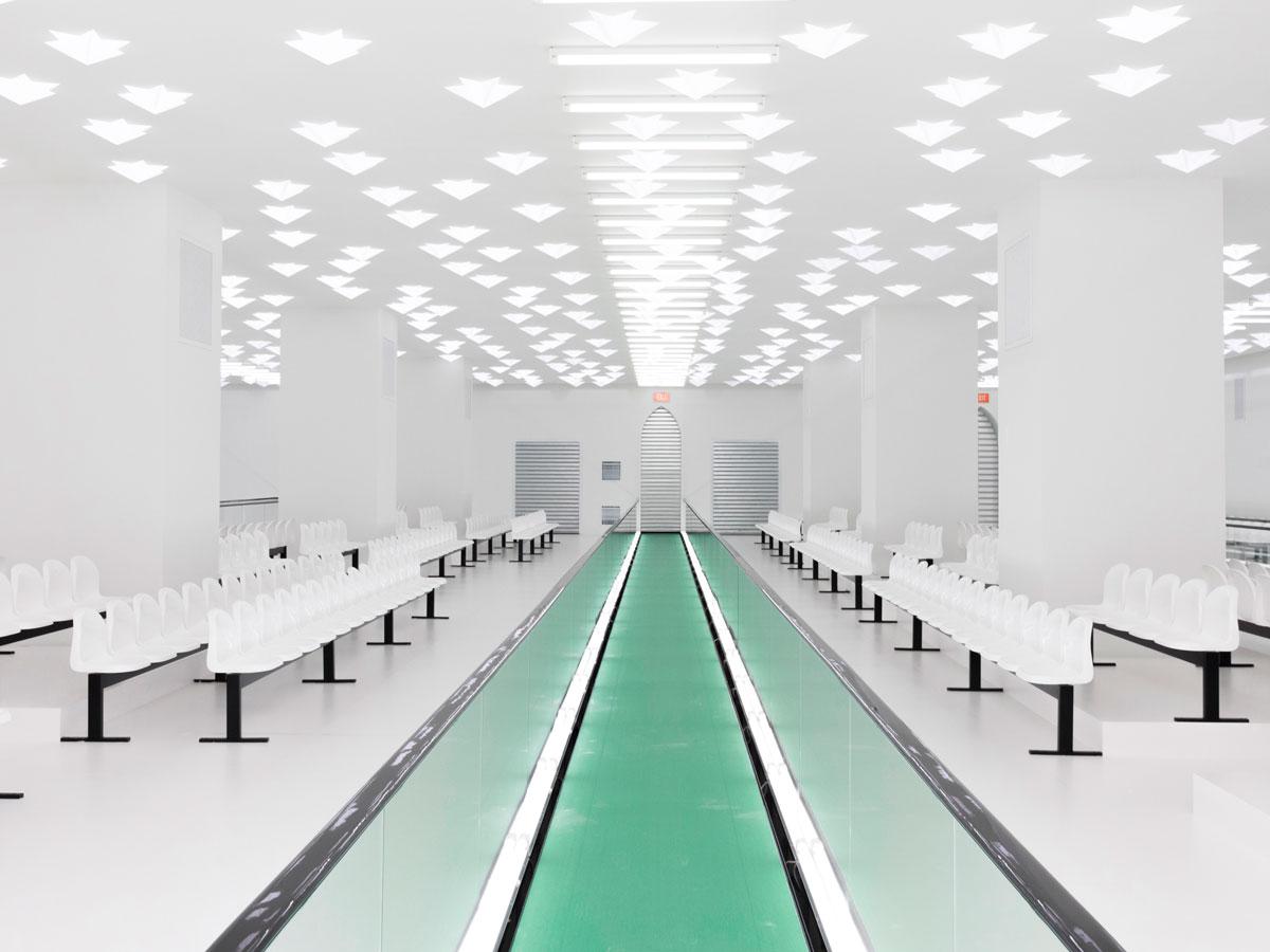 Milan Women SS 20 Gucci Space White green runway