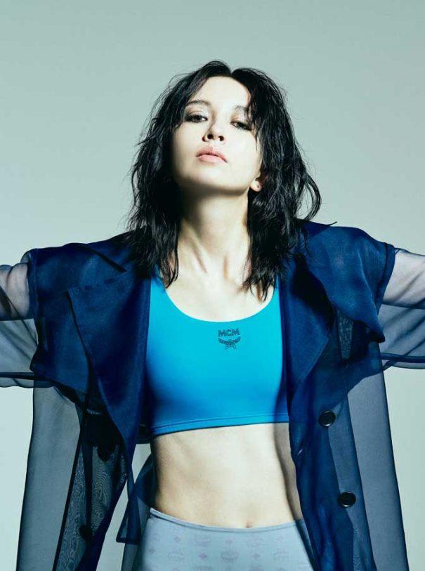 MCM japan model blue sports bra jacket black hair