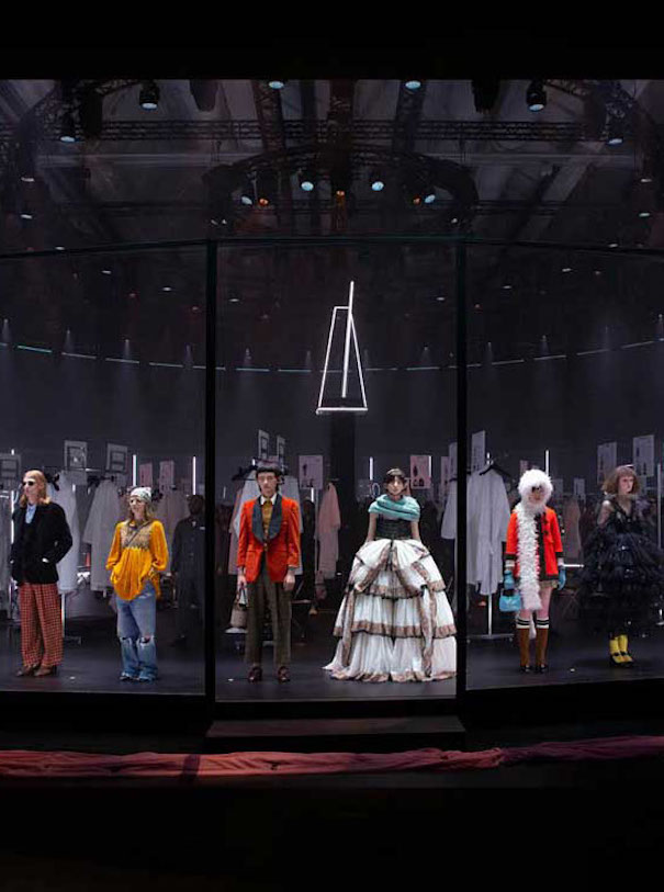 Gucci runway models spinning platform