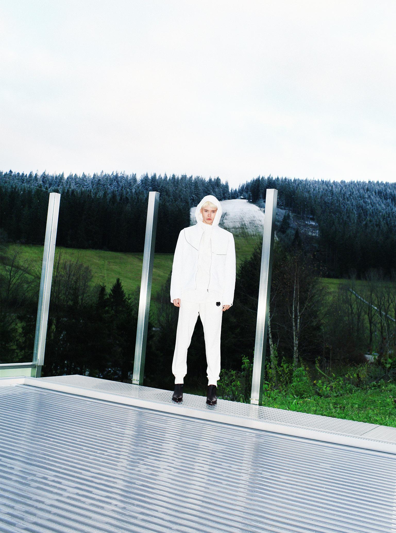 Designer Alexander Roys futuristic fashion white jacket Maike Inga