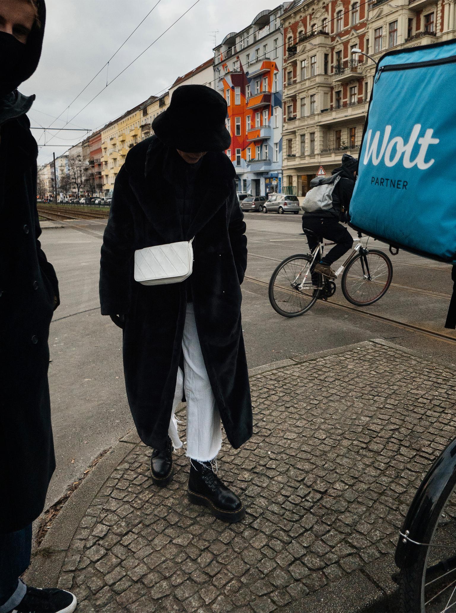Berlin winter 2021 trend white trousers black jackets